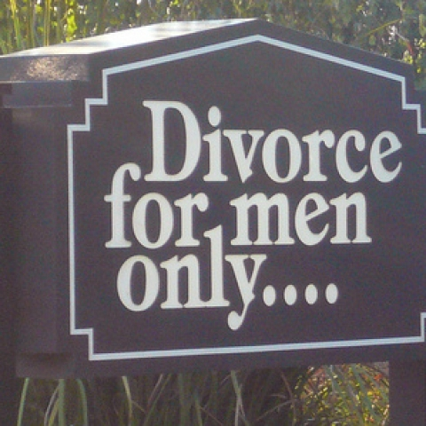 divorce-theredproject-bysa2.0_0-1.jpg