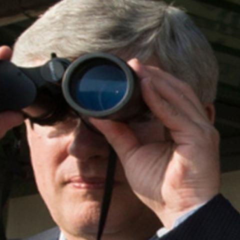 harper-binoculars-thumb-1.png